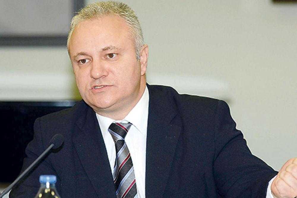 OJADIO SRBIJU: Mlađan Dinkić proćerdao 5,4 milijarde dinara!