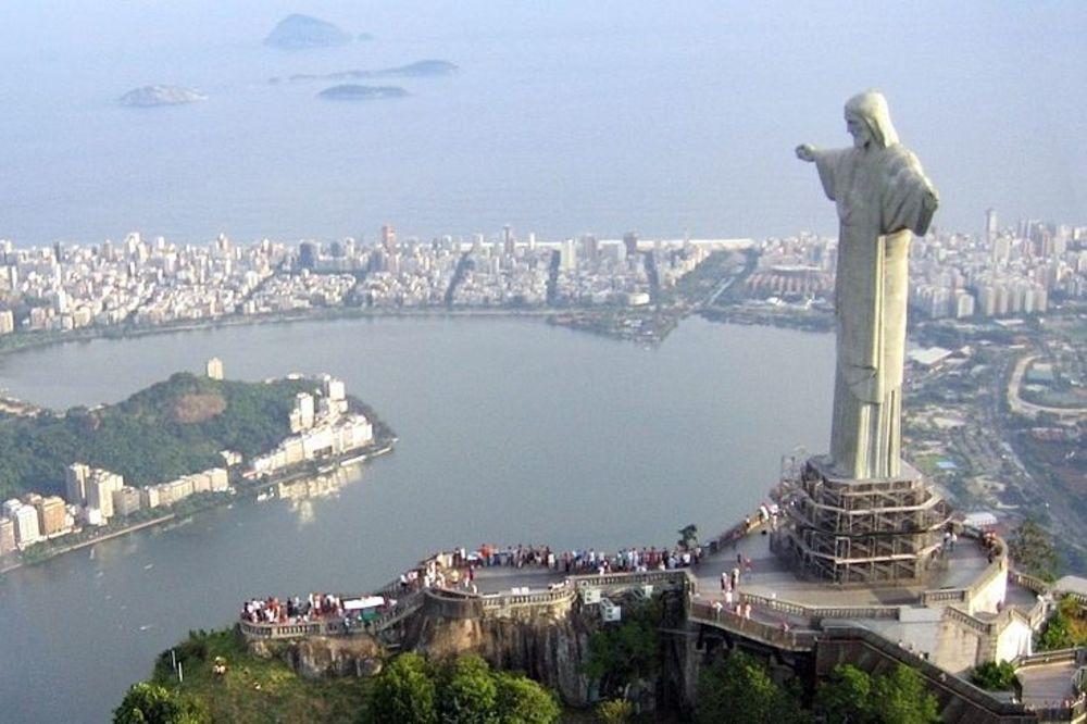 SUDAR DVA AVIONA BRAZILSKOG VAZDUHOPLOVSTVA: Proveravali bezbednost na Olimpijskim igrama...