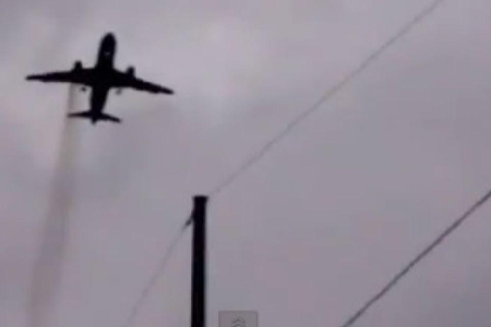 HAOS ZBOG NASLONA: Avion morao da sleti zbog svađe dveju putnica!