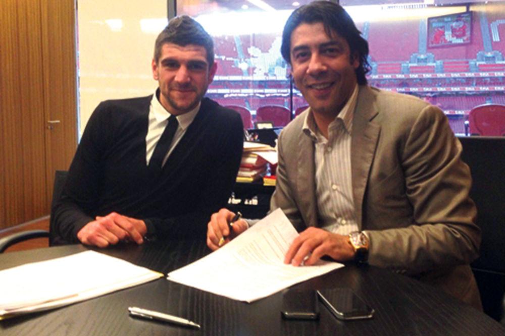 Preços ele em Portugal ...  Stefan Mitrovic e Rui Costa