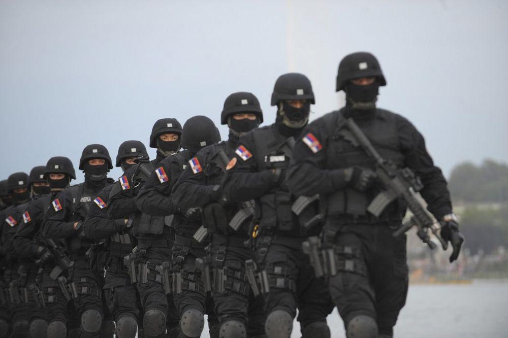 NEZAPAMĆENE MERE: Evropske premijere u Beogradu čuvaće snajperisti i 10.000 policajaca