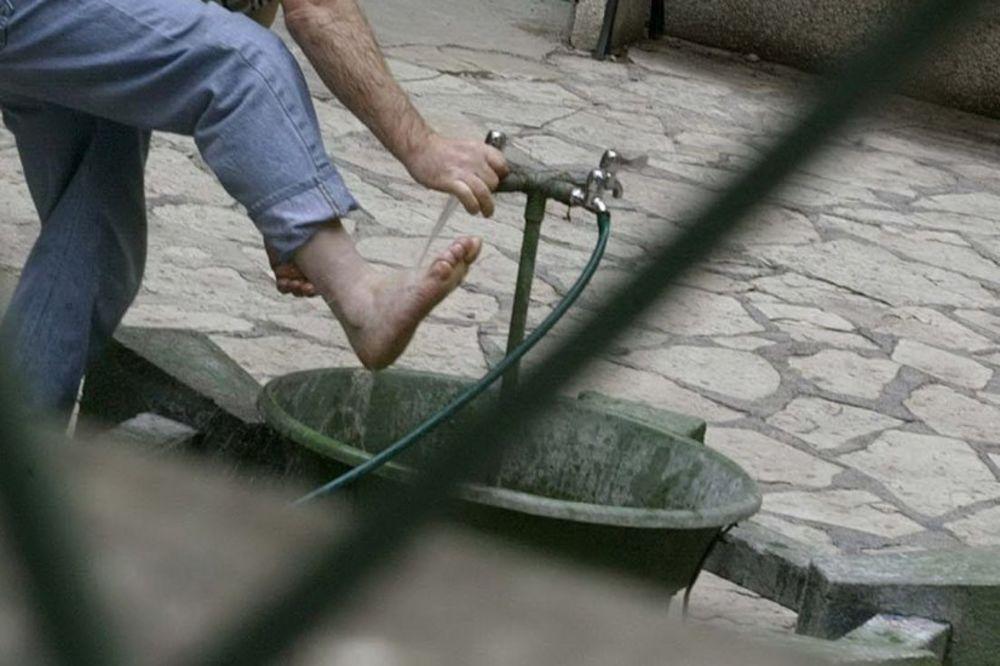 noge, lavor, beta, pranje nogu