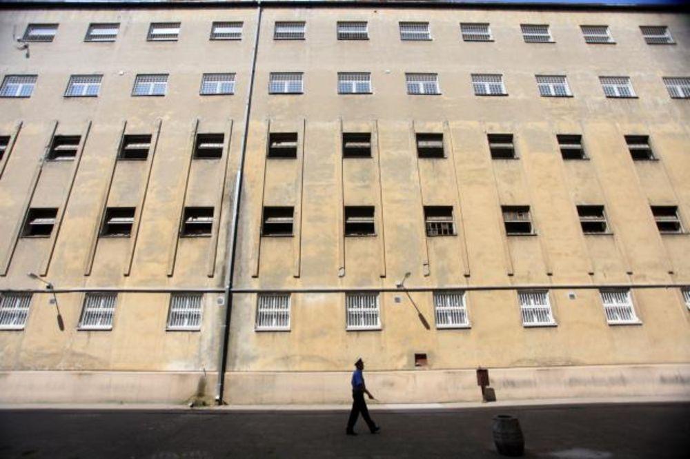 NEKOME JE BOLJE U ZATVORU: Srpski osuđenici imaju pravo na godišnji odmor!
