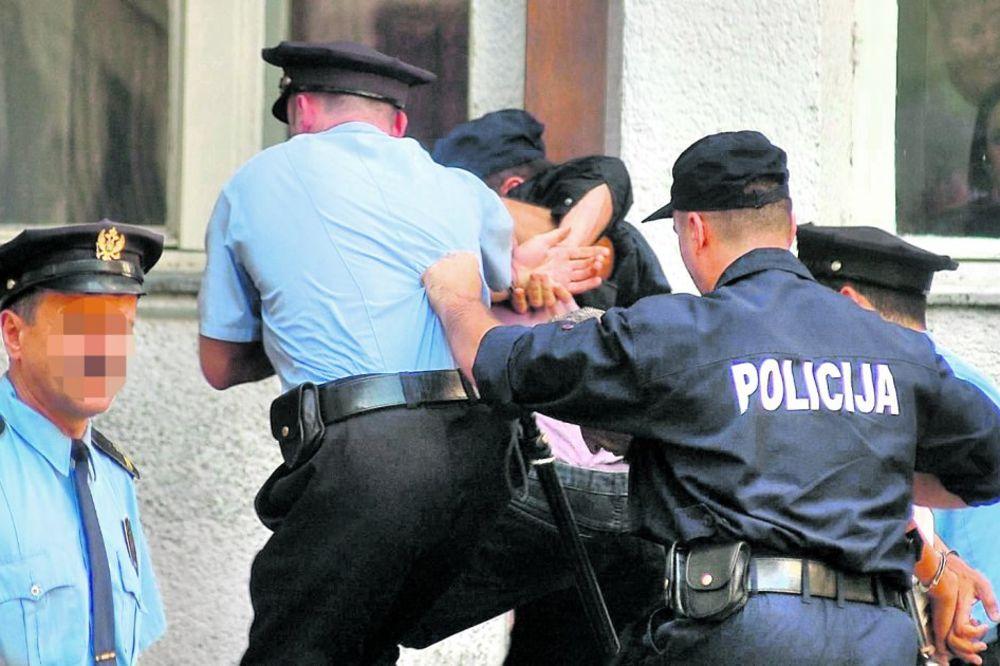 MUP DEMANTUJE SINDIKATE: Novom zakonom će pravo na štajk policije biti veće nego u Evropi