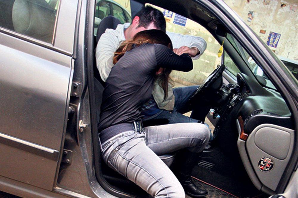 BEOGRAĐANKA PROKOCKALA SAV NOVAC PA SILOVANA: Policija identifikovala napadača!