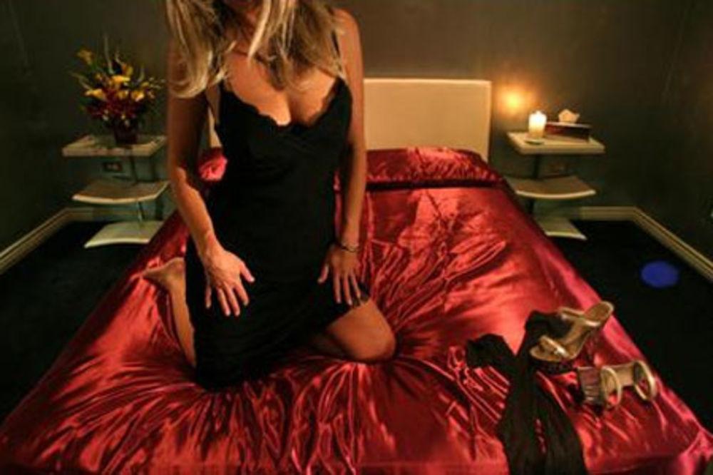 BORDEL PROTIV DRŽAVE: Prostitutke traže 200.000 evra za lekarske preglede!