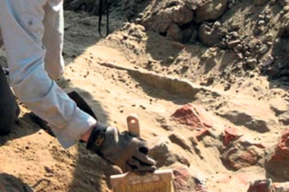 Arheološke zanimljivosti - Page 6 Arheolozi-staro-doba-1377988095-359673