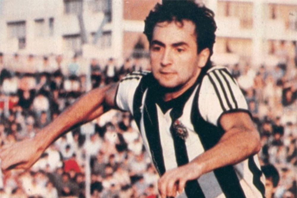 (FOTO) GROBARI PAMTE MANCEA: Ova fotografija će razgaliti svakog navijača Partizana