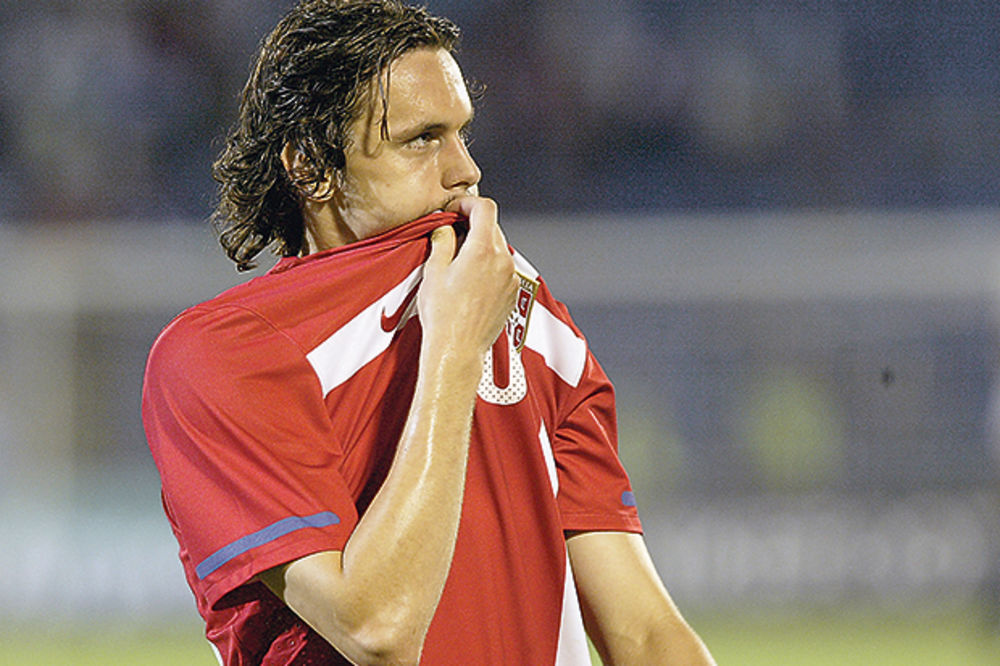 ADVOKAT ŠALJE POZIV: Subotić se vraća u reprezentaciju Srbije