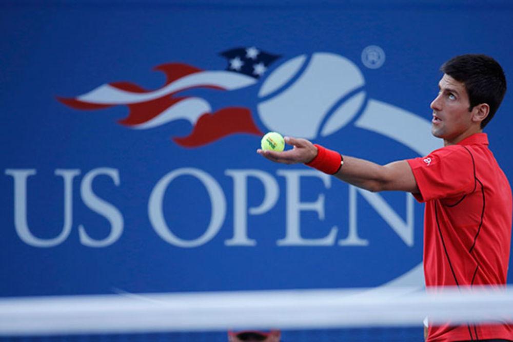 (VIDEO) MOĆNI NOVAK: Đoković ubedljiv protiv Švarcmana na startu US Opena