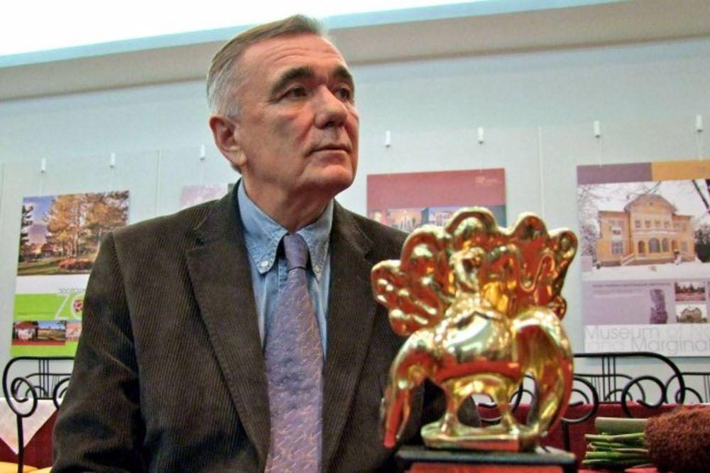 Dušan Kovačević, foto beta