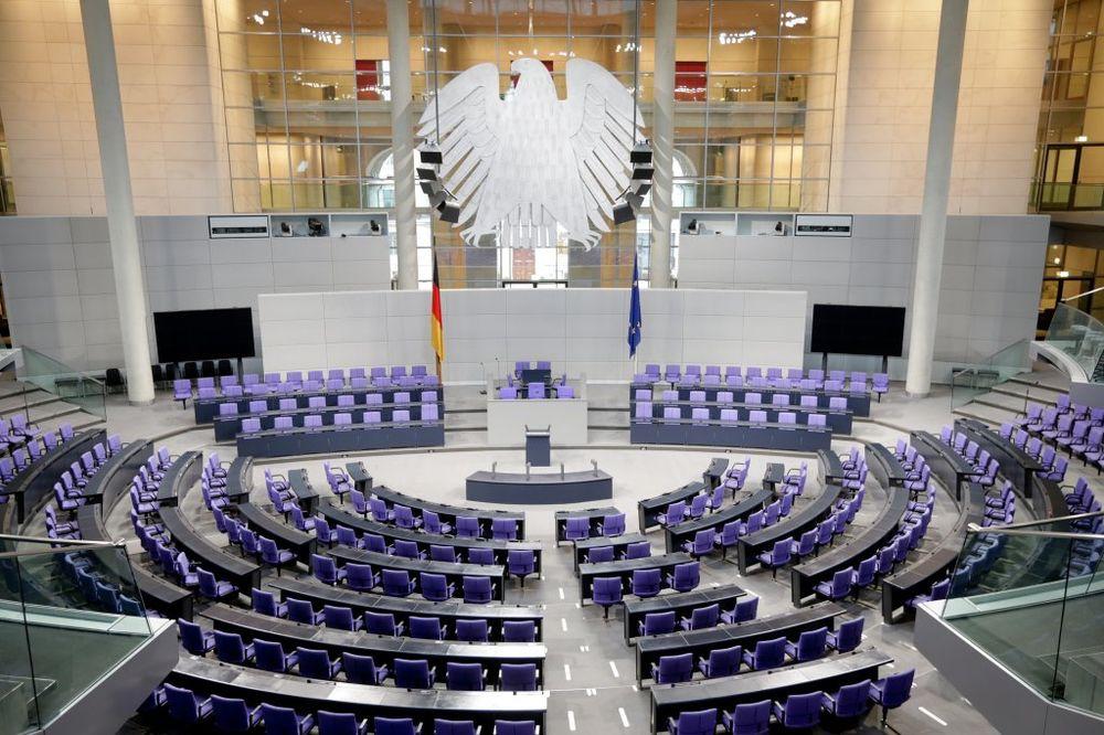 Francuski ekonomista: Nemci drže lekcije, a nisu vratili svoj dug