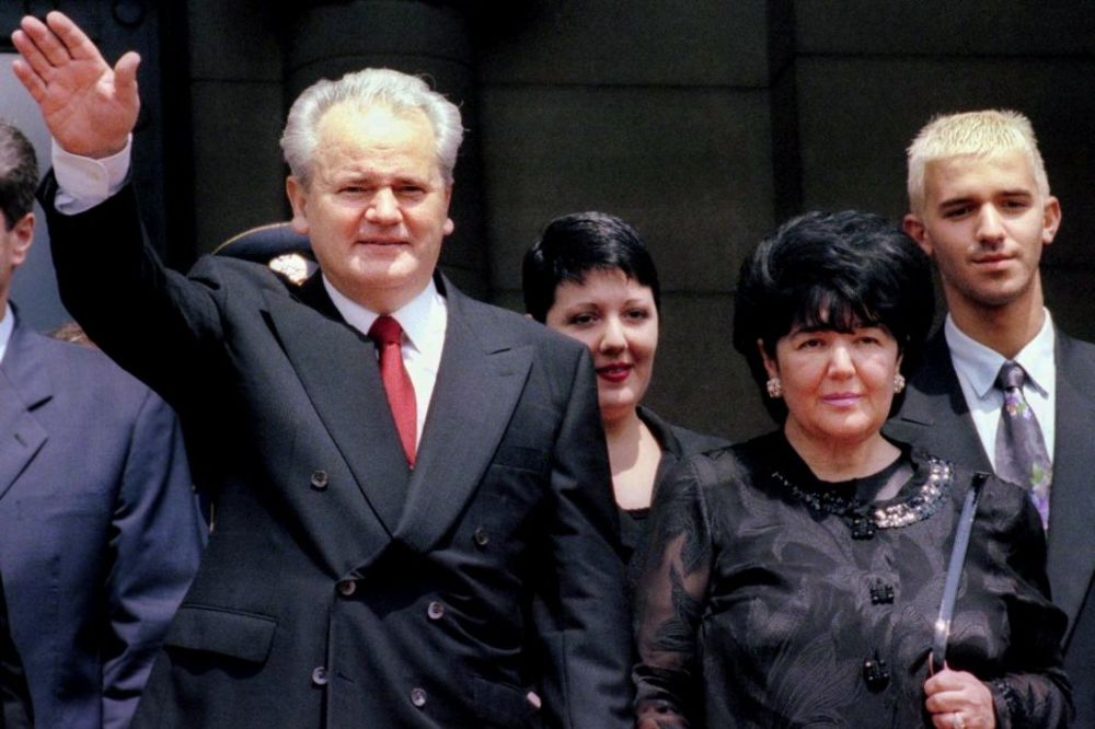 MISTERIJA ZA NAŠE POLITIČARE: Niko nije čuo za agenta CIA koji je rušio Miloševića!