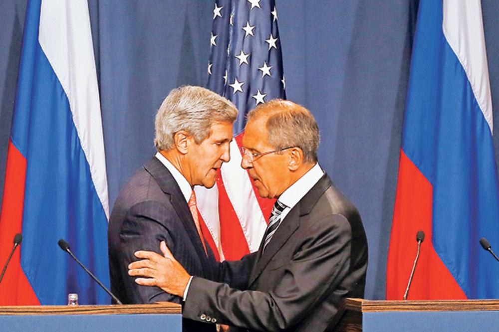 RAZMENILI OPTUŽBE: Rusija i SAD strahuju od kršenja sporazuma o nuklearnom naoružanju