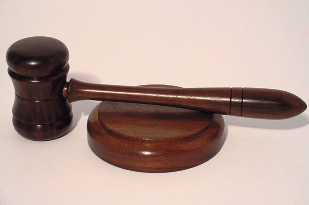 POKUŠAO DA ZAKOLJE NESUĐENU TAŠTU: Srbin u Beču osuđen na 15 godina zatvora!