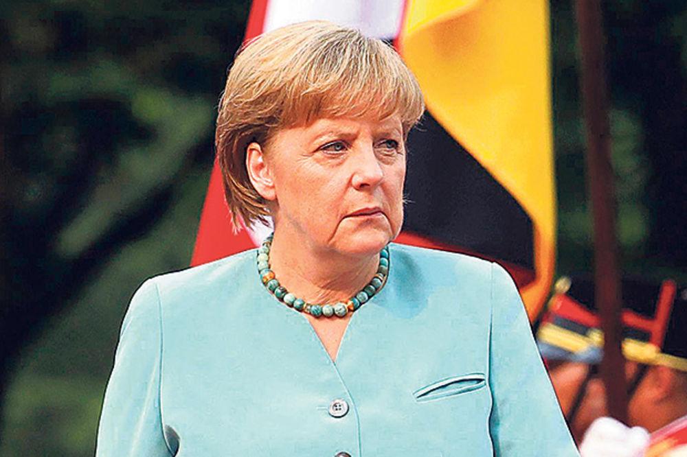 MERKEL: Moramo zaštititi spoljne granice ako želimo da očuvamo Šengen!