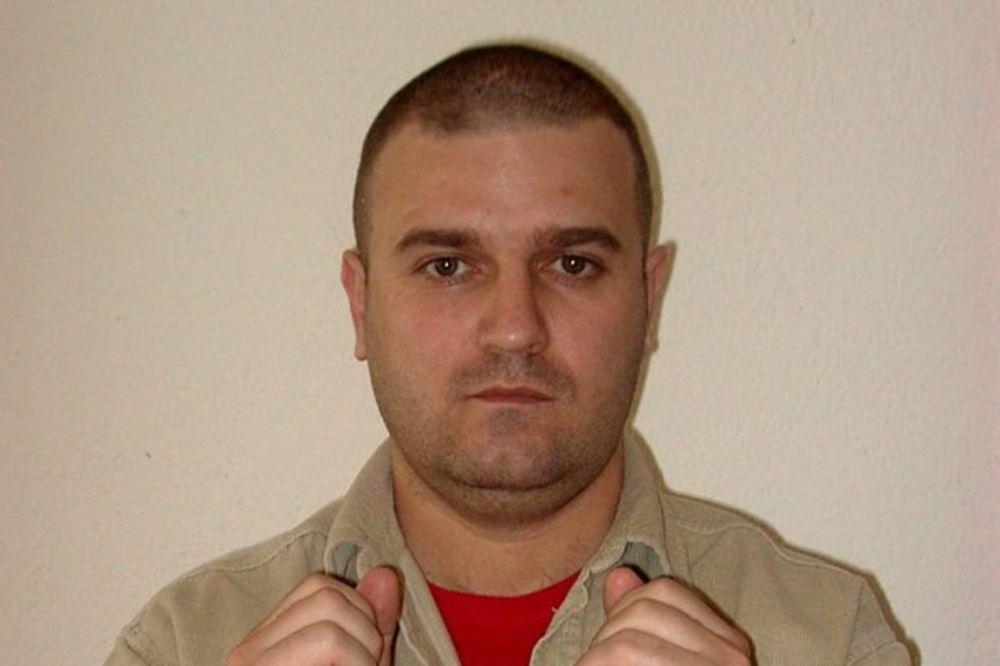 HITNO I BEZUSLOVNO: IFJ traži oslobađanje makedonskog novinara Zorana Božinovskog