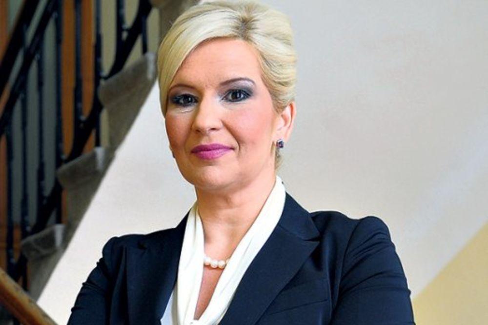 Mihajlovićeva: Bez komentara o navodnom izlasku Dačića iz vlade