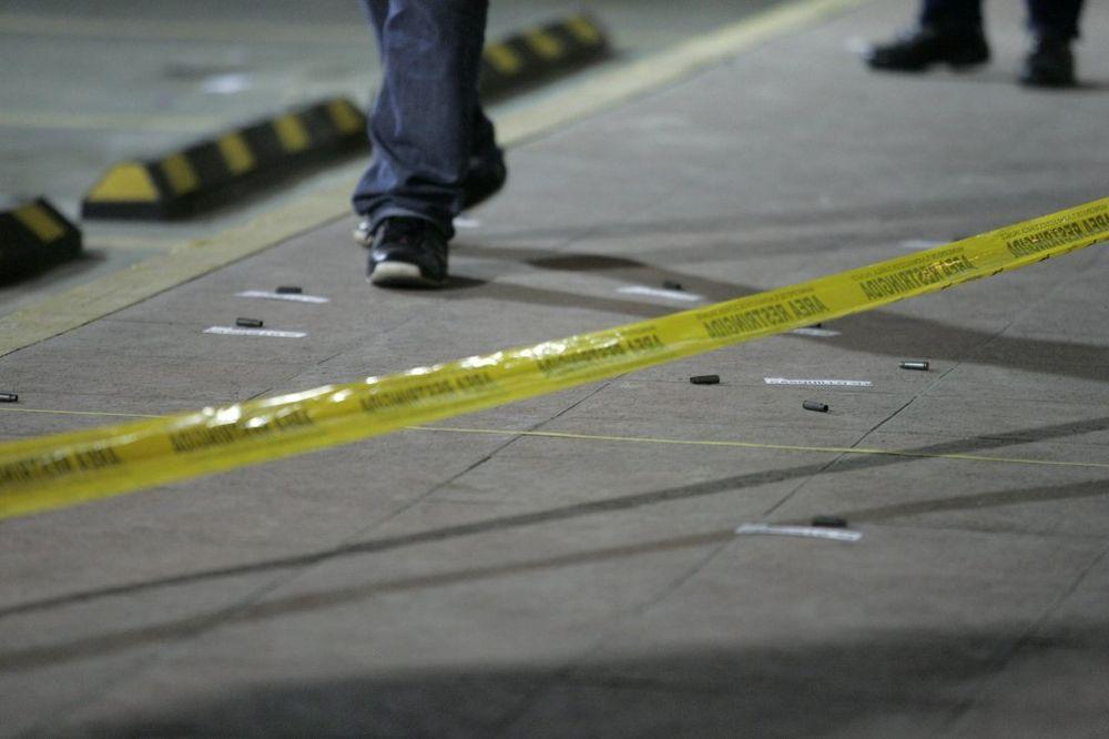 POTRAGA ZA BOMBAŠOM:  Beograđaninu bačena bomba u dvorište