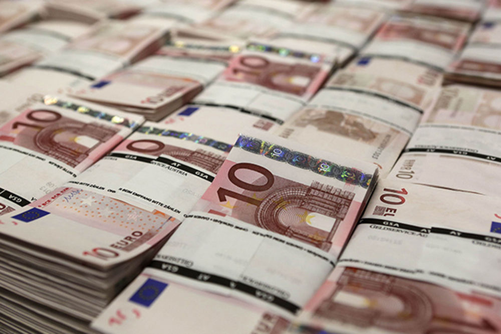 KAKO? U stomaku sakrila 55.000 evra - upakovanih u 16 vrećica!
