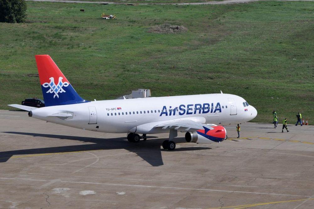 DRAMA NA PISTI: Avionu Er Srbije otpao točak pri poletanju!