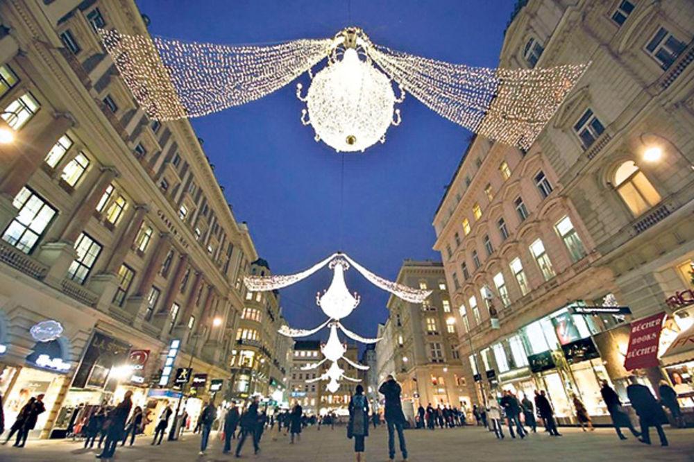 BAJKA MOŽE DA POČNE: U Beču se večeras pali 2,5 miliona božićnih lampica!
