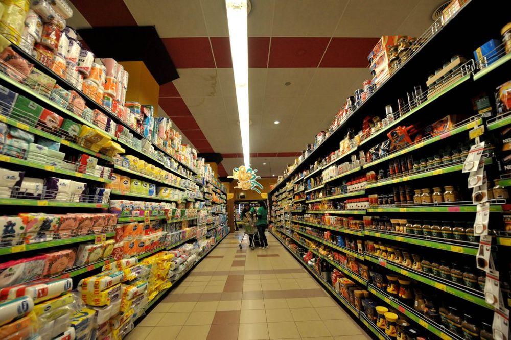 BADNJI DAN I BOŽIĆ: Radno vreme prodavnica, pijaca i ugostiteljskih objekata za praznik