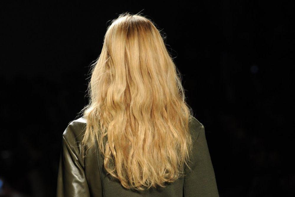 REAGUJTE NA VREME: Boja kose otkriva kojim ste bolestima skloni!