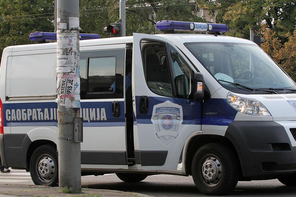 NOVI BEOGRAD:Petoro putnika povređeno u sudaru autobusa i BMW