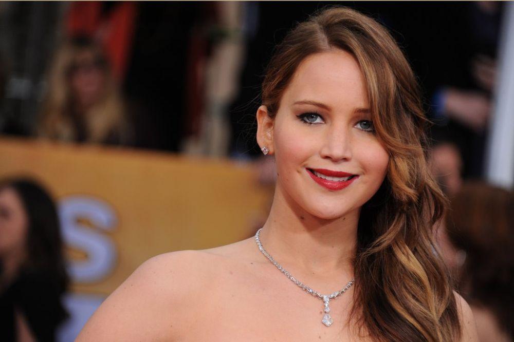 Epl poručio glumicama: Da ste poštovali pravila, slike vam ne bi bile ukradene