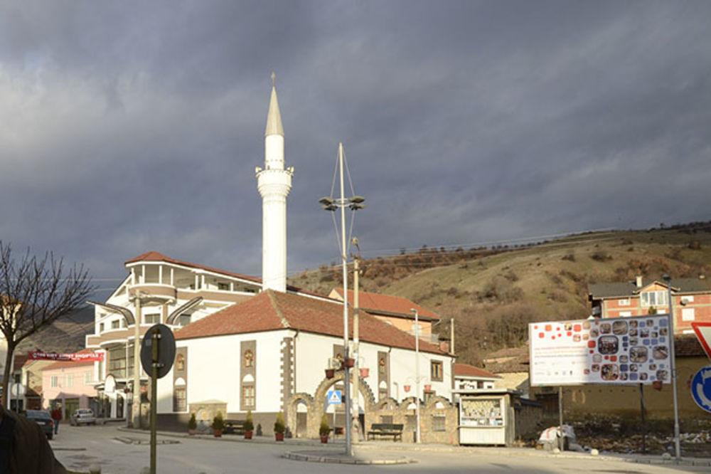 INCIDENT U PREŠEVU: Aliju Muhamed uhapšen zbog kamenovanja srpskih kuća!