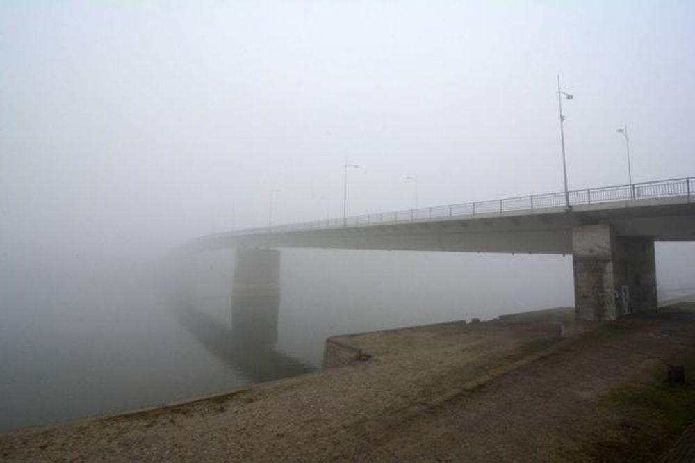 VOZAČI, OPREZ: Magla smanjuje vidljivost
