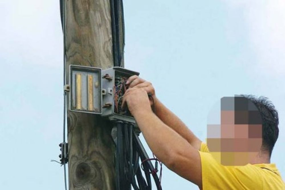 INCIDENT U ALEKSINCU: Otac i sin napali električare Jugoistoka!