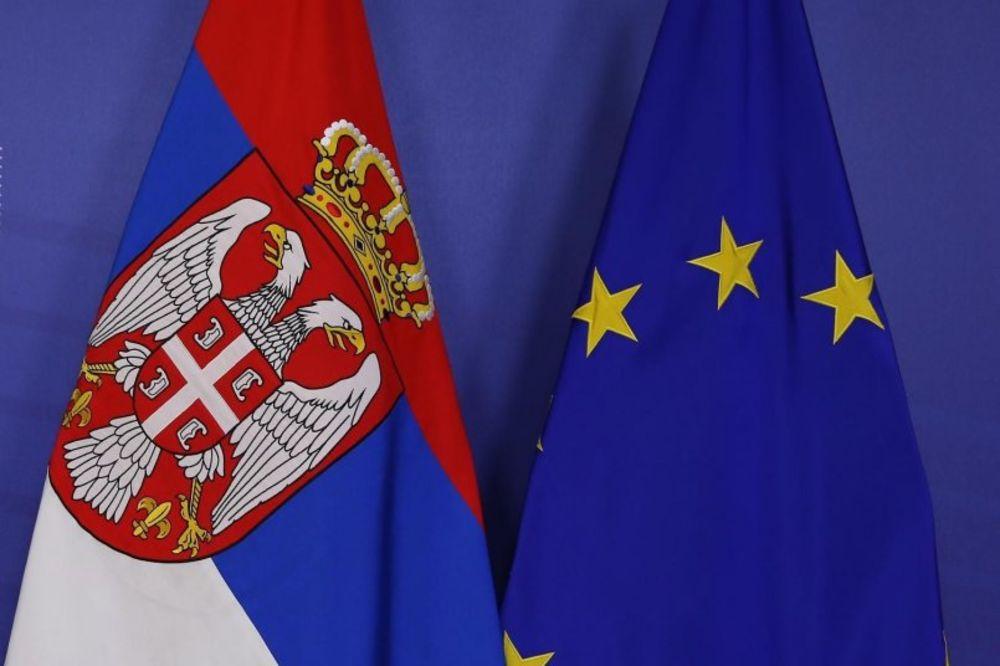 GRAĐANI O EVROINTEGRACIJAMA: Za ulazak Srbije u EU 42 odsto, 35 posto protiv