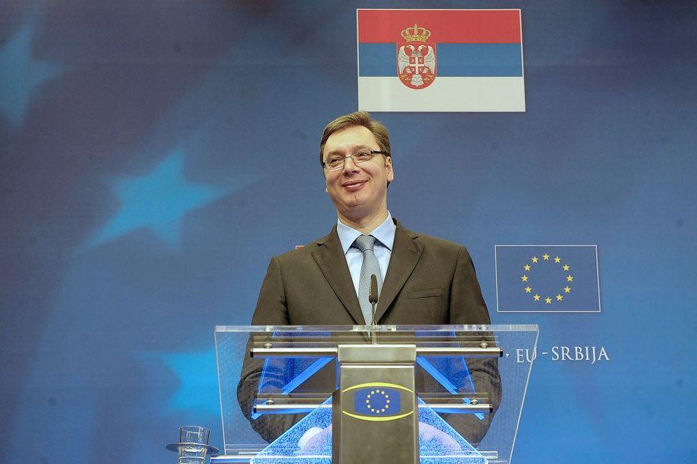 VUČIĆ ZA VELT: Srbija za održivo rešenje za srpsku zajednicu na KiM
