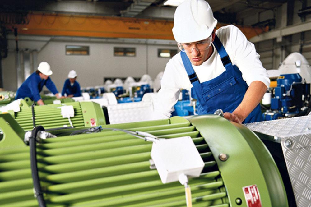 VLADA USVOJILA: 200 evra po godini staža radnicima koji su višak