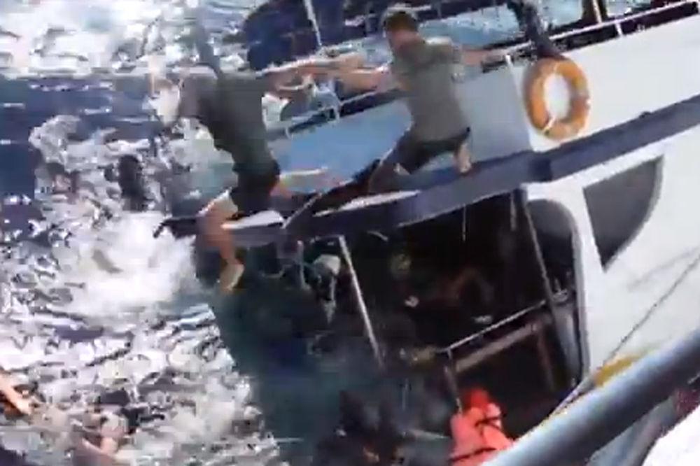 BRODOLOM: Potonuo brod sa 250 afričkih emigranata