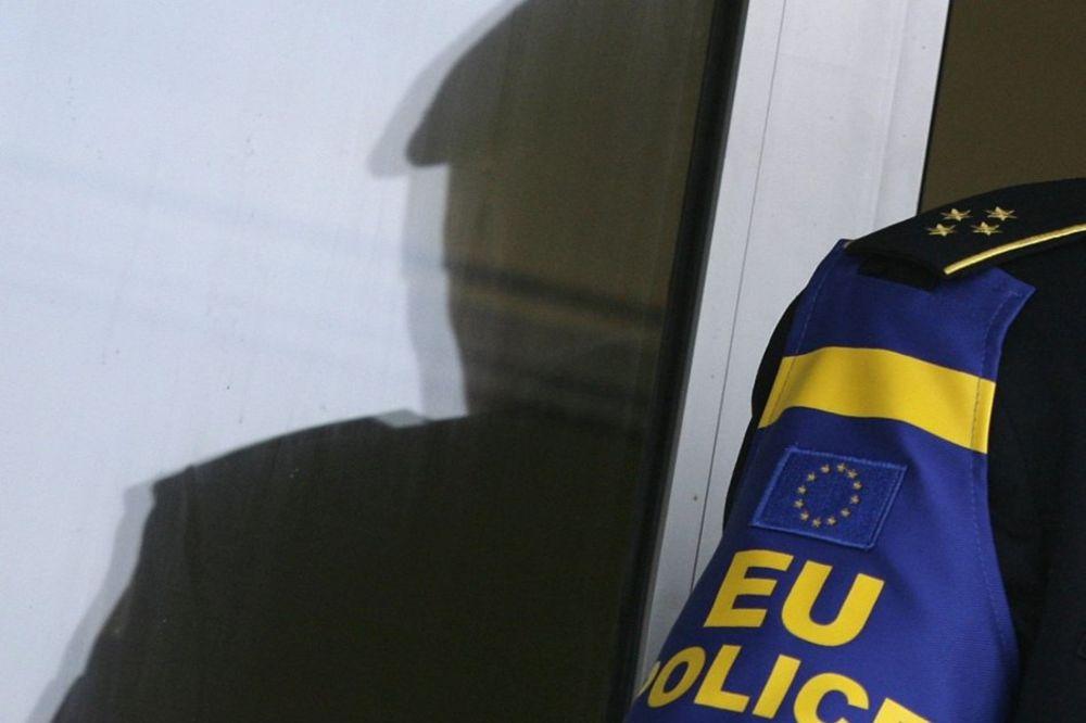 EULEKS SASLUŠAO PA PUSTIO: Srbin osumnjičen za ubistvo policajca brani se sa slobode