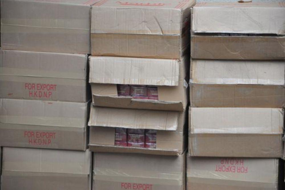 ALEKSANDROVAC: Policija zaplenila 7.000 paklica cigareta!