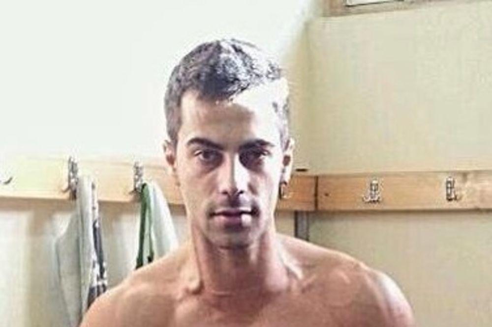 Filip Panajotović često na društvene mreže postavlja fotografije