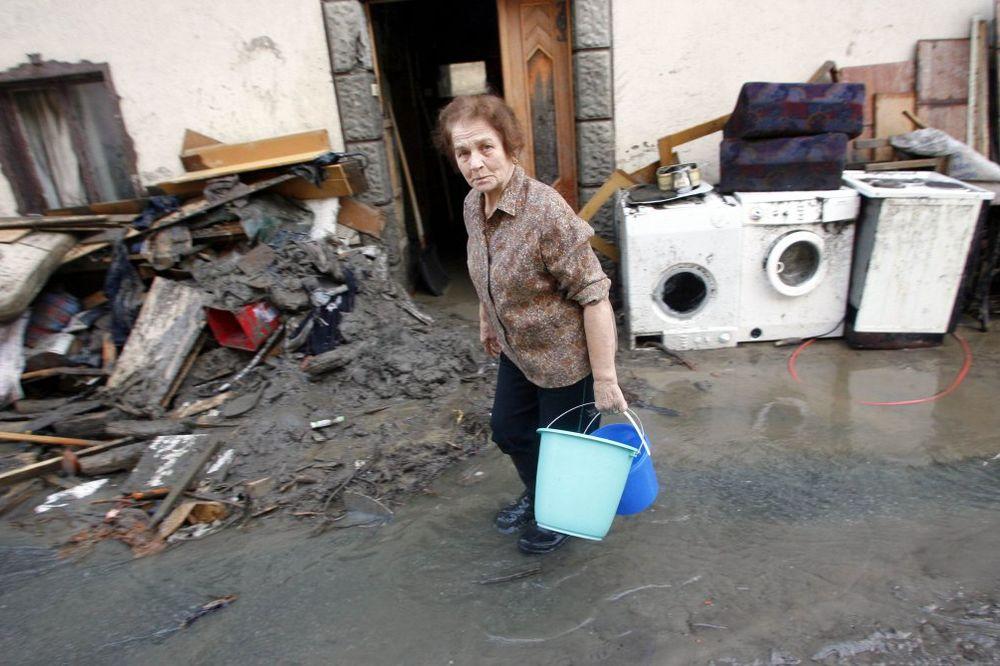 AKCIJA AUSTRIJSKOG KURIRA: Od prodaja cigli sakupili 300.000 evra za poplavljene!