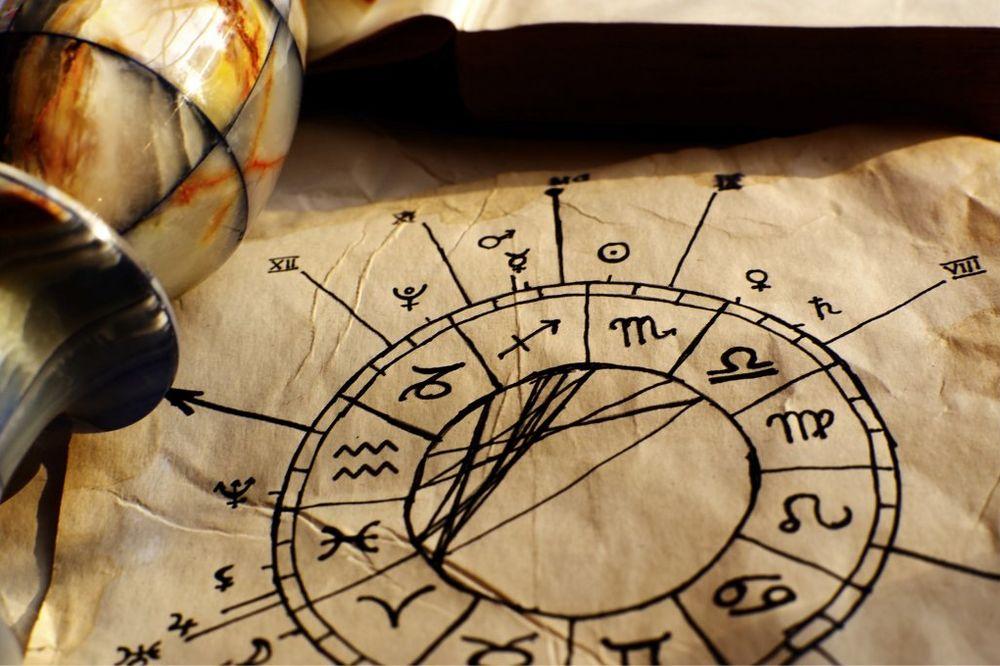 SAZNAJ KAD TE ČEKA SREĆA: 3 najbolja dana u godini za svaki horoskopski znak!