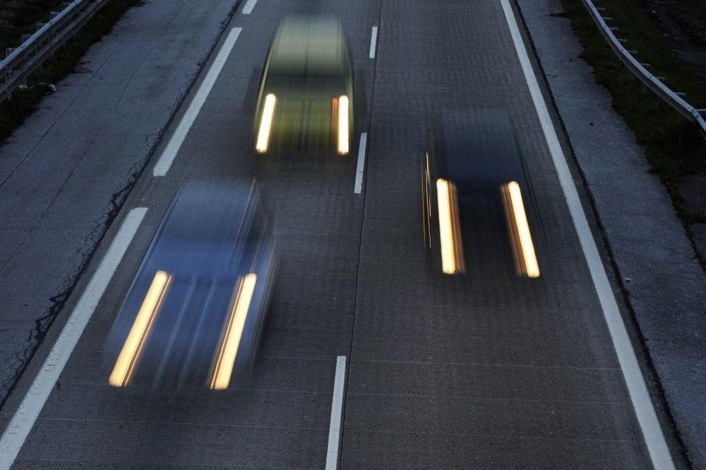 SAOBRAĆAJ POJAČAN NA PRILAZIMA GRADU: Vremenske prilike za vožnju odlične!