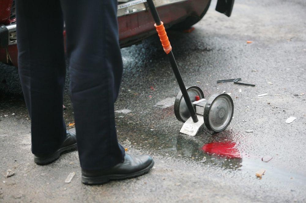SAOBRAĆAJKA U ZAJEČARU: Šleper pao sa nadvožnjaka, vozač povređen