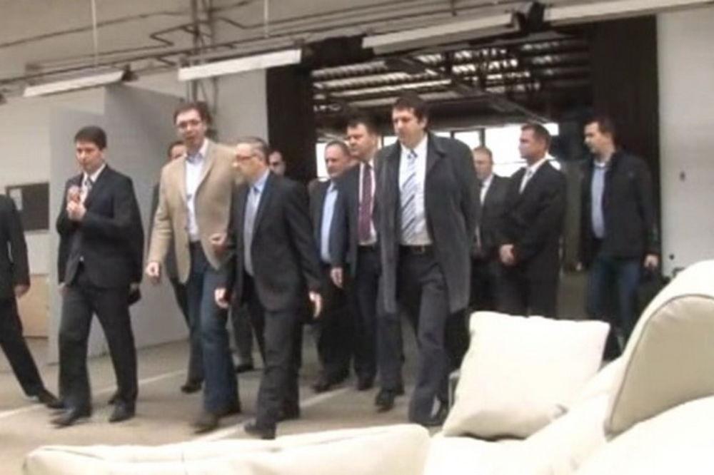 Vučić: Država Simpo i radnike neće pustiti niz vodu