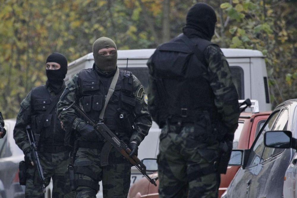 AKCIJA GOLF: Policija hapsi kradljivce automobila!