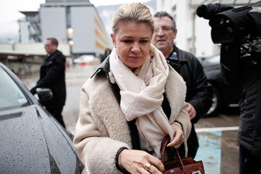 ZDRAVLJE NEMA CENU: Šumaherova supruga prodala avion da bi Mihaelu platila lečenje!