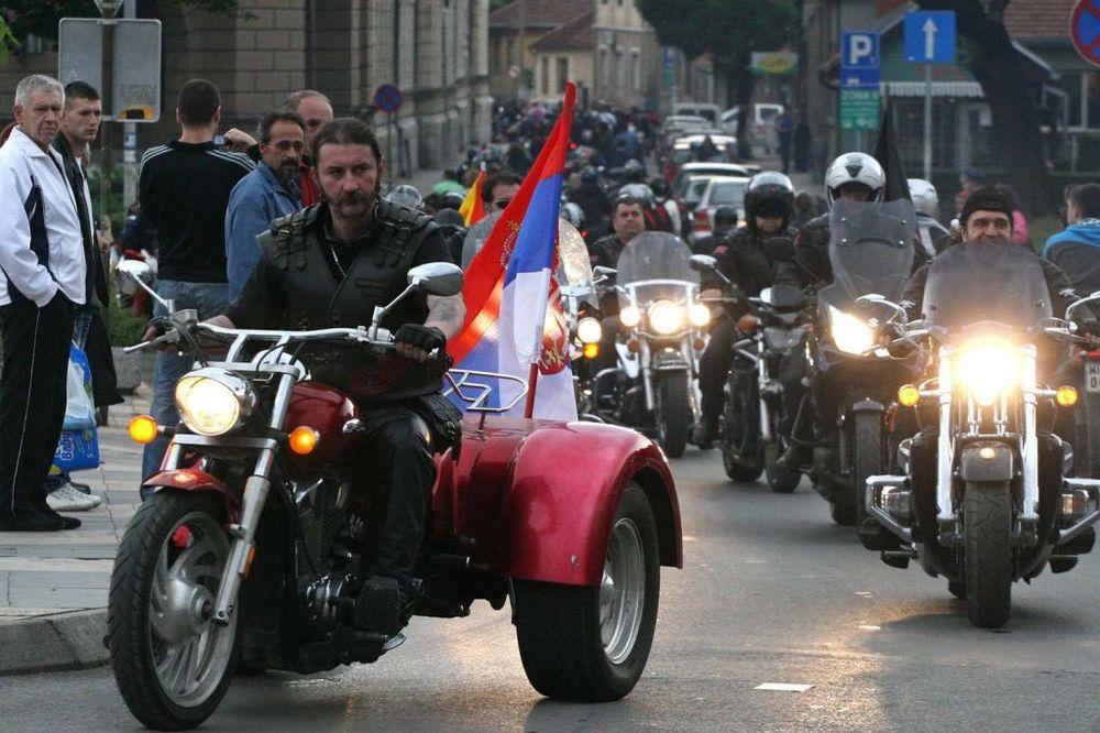 VOĐA NOĆNIH VUKOVA: Srbija je postala bliža Rusiji od Ukrajine!