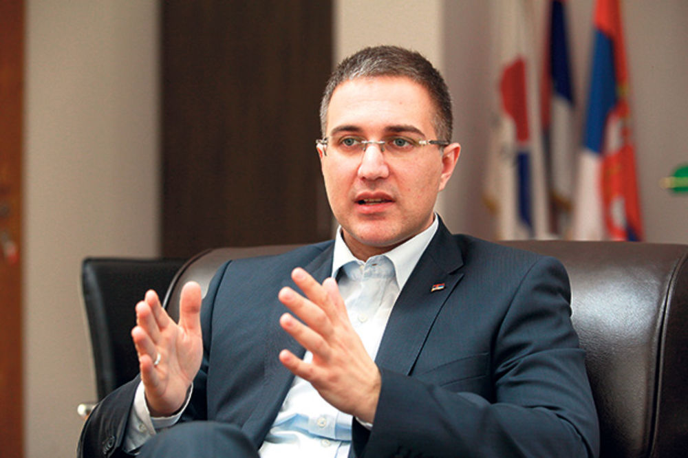 Stefanović: Falsifikovani podaci o firmi brata premijera Vučića