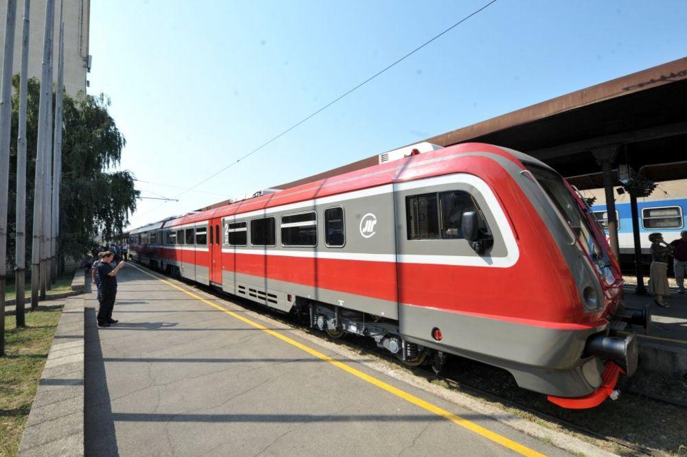 VELIKO INTERESOVANJE: Dodatnim vozovima iz Rume idu u Šabac na vašar!